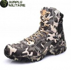 chaussures militaires boots digital camo 46 a vendre
